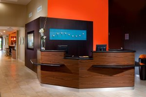Lobby - Courtyard by Marriott Hotel Northeast Fort Lauderdale