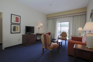 Suite - Courtyard by Marriott Hotel Topeka