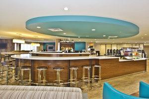 Restaurant - Courtyard by Marriott Beachfront Hotel Gulfport
