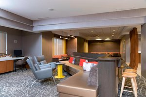 Lobby - SpringHill Suites by Marriott North Grand Rapids