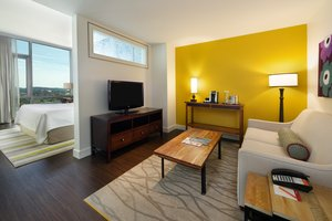 Suite - Hotel Indigo Downtown Asheville