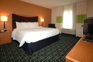 Room - Fairfield Inn & Suites by Marriott Wichita