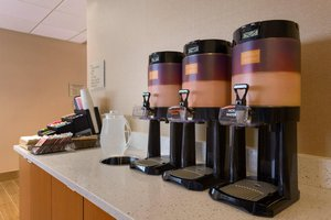 Bar - SpringHill Suites by Marriott Little Rock