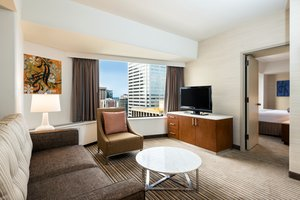 Suite - Crowne Plaza Hotel Seattle