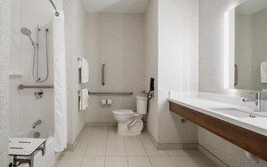 - Holiday Inn Express Hotel & Suites East Kelowna