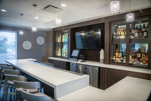 Restaurant - SpringHill Suites by Marriott Airport South Miami