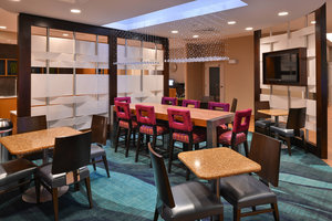 Restaurant - SpringHill Suites by Marriott Voorhees