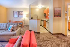 Suite - TownePlace Suites by Marriott Cary
