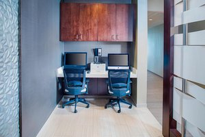 Conference Area - SpringHill Suites by Marriott Carle Place