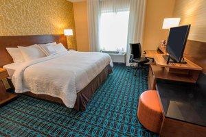 Room - Fairfield Inn & Suites by Marriott Finger Lakes Geneva