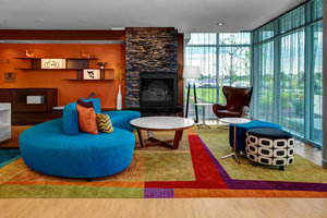 Lobby - Fairfield Inn & Suites by Marriott at Eastwood Lansing