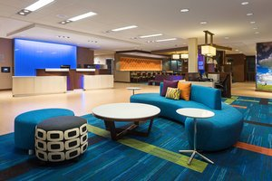 Lobby - Fairfield Inn & Suites by Marriott Belle Vernon