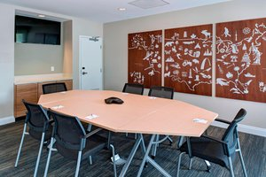 Meeting Facilities - TownePlace Suites by Marriott Lake Charles