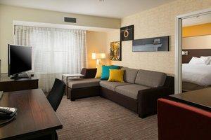 Suite - Residence Inn by Marriott Legends Hotel Kansas City