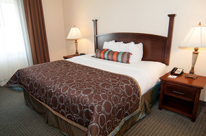 Suite - Staybridge Suites Wichita