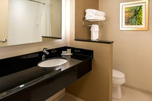 Room - Fairfield Inn & Suites by Marriott East UCF Orlando
