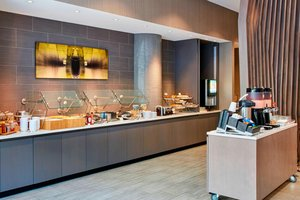 Restaurant - SpringHill Suites by Marriott Downtown Milwaukee