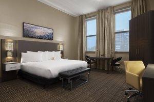 Room - Current Iowa Hotel Davenport