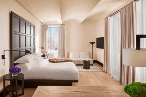 Room - Edition Hotel New York