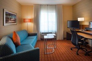 Suite - Fairfield Inn & Suites by Marriott Tustin