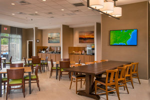 Restaurant - Fairfield Inn & Suites by Marriott Washington