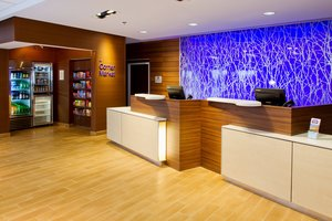 Lobby - Fairfield Inn & Suites by Marriott Wentzville