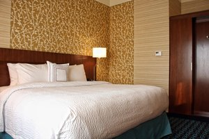 Room - Fairfield Inn & Suites by Marriott Reading