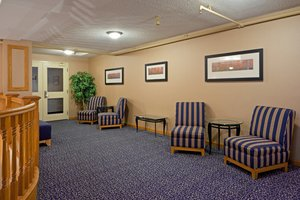 Lobby - Holiday Inn Express East Scarborough