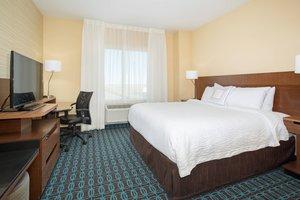 Room - Fairfield Inn & Suites by Marriott Burlington