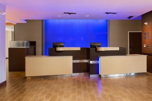 Lobby - Fairfield Inn & Suites by Marriott Folsom