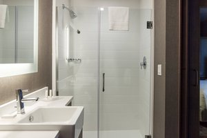 - SpringHill Suites by Marriott Somerset
