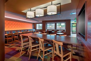 Restaurant - Fairfield Inn & Suites by Marriott East Syracuse