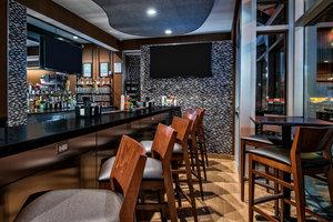 Restaurant - Fairfield Inn & Suites by Marriott Van