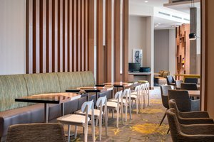 Restaurant - Residence Inn by Marriott Navy Yard DC