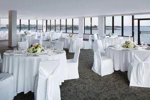 Room - Delta Hotel by Marriott Kingston Waterfront
