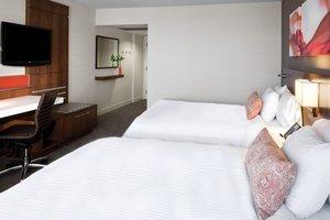 Room - Delta Hotel by Marriott City Centre Ottawa
