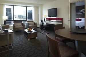 Suite - Delta Hotel by Marriott City Centre Ottawa