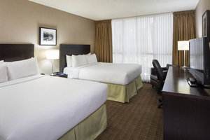 Room - Delta Hotel by Marriott Airport Calgary