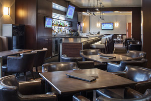 Restaurant - Delta Hotel by Marriott Airport Calgary