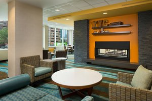 Bar - Fairfield Inn & Suites by Marriott Downtown Calgary