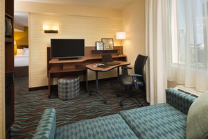 Suite - Fairfield Inn & Suites by Marriott Downtown Calgary