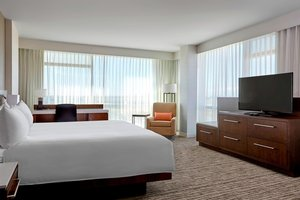 Room - Marriott Hotel Airport Calgary