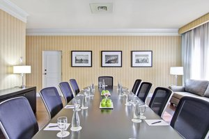 Meeting Facilities - Delta Hotel by Marriott Scarborough