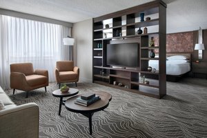 Suite - Marriott Hotel Airport Albany