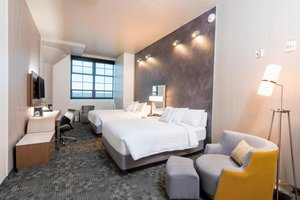 Room - Courtyard by Marriott Hotel Waterloo