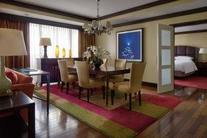 Suite - Marriott Buckhead Conference Center Hotel Atlanta