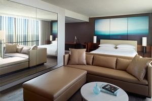 Suite - Marriott Marquis Hotel Atlanta