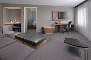 Suite - Courtyard by Marriott Hotel Pflugerville
