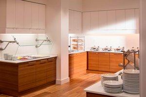 Restaurant - Residence Inn by Marriott Burlington