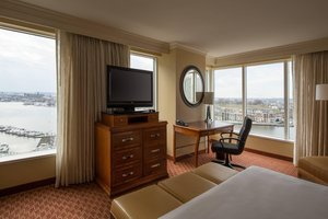 Room - Marriott Waterfront Hotel Baltimore